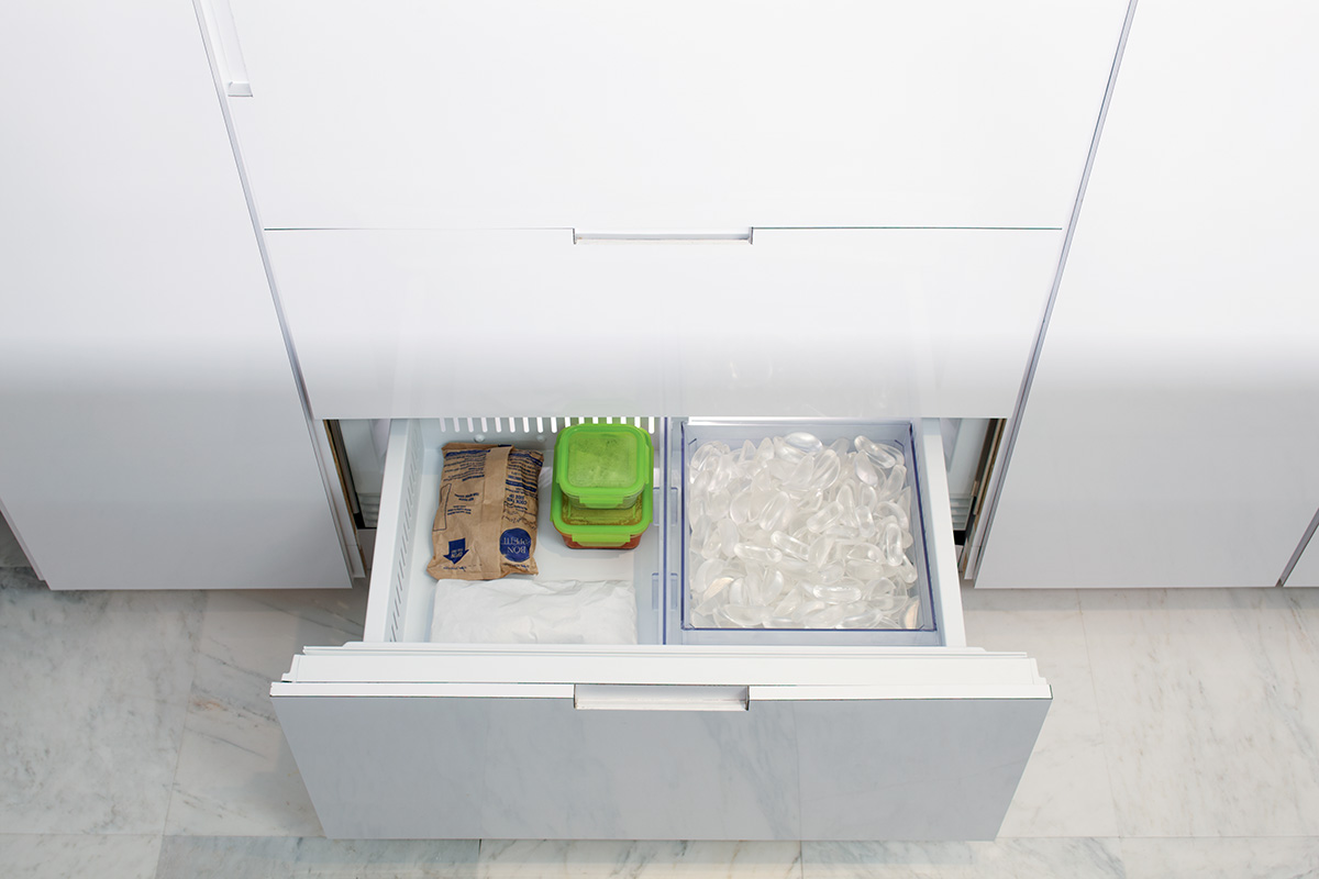 Sub Zero Refrigerator Ice Maker